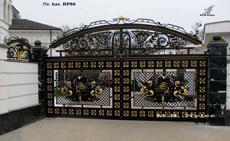 Bramy pałacowe