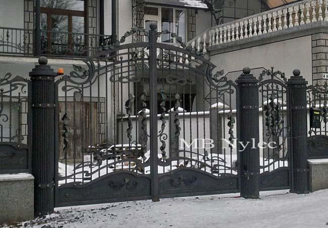 Elegancka brama wjazdowa bp27